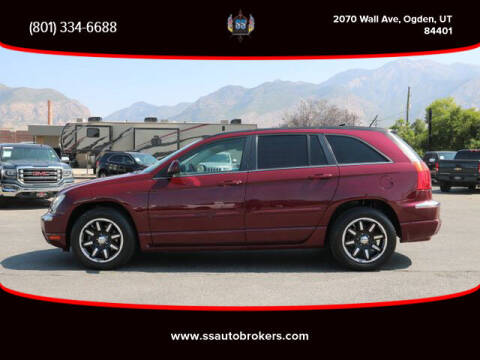 2008 Chrysler Pacifica for sale at S S Auto Brokers in Ogden UT