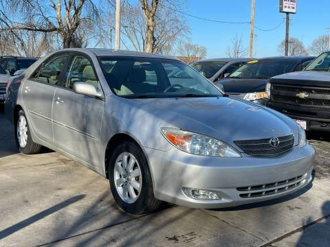 2004 Toyota Camry for sale at Direct Auto Sales in Milwaukee WI