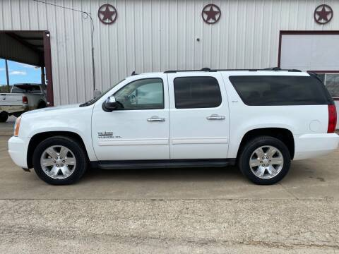 2011 GMC Yukon XL for sale at Circle T Motors INC in Gonzales TX