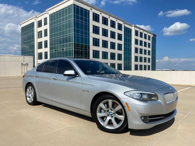2013 BMW 5 Series for sale at SIGNATURE Sales & Consignment in Austin TX