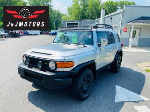 2007 Toyota FJ Cruiser for sale at J & J MOTORS in New Milford CT