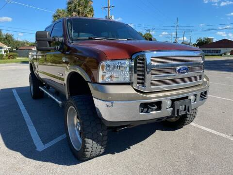 2005 Ford F-250 Super Duty for sale at LUXURY AUTO MALL in Tampa FL