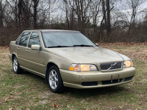 1999 Volvo S70 for sale at Essen Motor Company, Inc in Lebanon TN