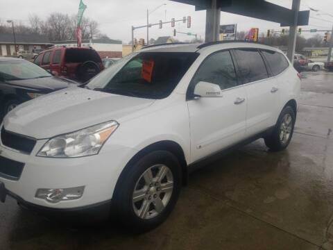 2010 Chevrolet Traverse for sale at Springfield Select Autos in Springfield IL