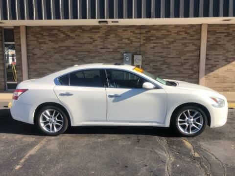 2011 Nissan Maxima for sale at Arandas Auto Sales in Milwaukee WI