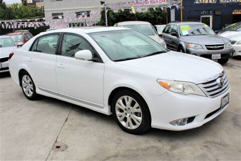2011 Toyota Avalon for sale at FJ Auto Sales in North Hollywood CA