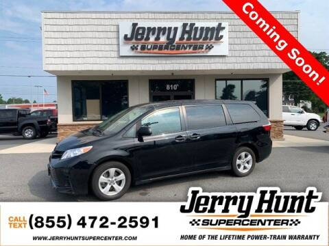 2018 Toyota Sienna for sale at Jerry Hunt Supercenter in Lexington NC