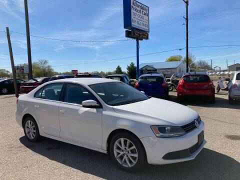 2013 Volkswagen Jetta for sale at AFFORDABLY PRICED CARS LLC in Mountain Home ID