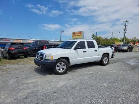 2006 Dodge Dakota for sale at TOMI AUTOS, LLC in Panama City FL