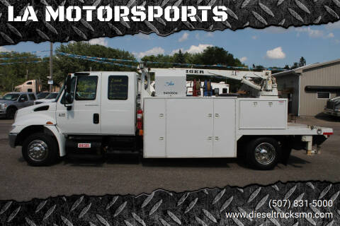 2006 International DuraStar 4300 for sale at LA MOTORSPORTS in Windom MN