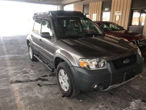 2005 Ford Escape for sale at Kansas Car Finder in Valley Falls KS
