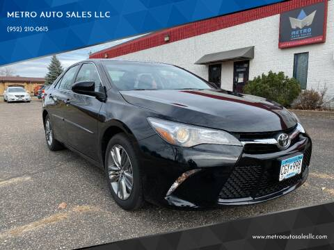2017 Toyota Camry for sale at METRO AUTO SALES LLC in Blaine MN