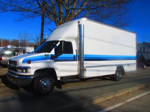 2005 Chevrolet C5500 for sale at Patriot Truck Center in Johnston RI