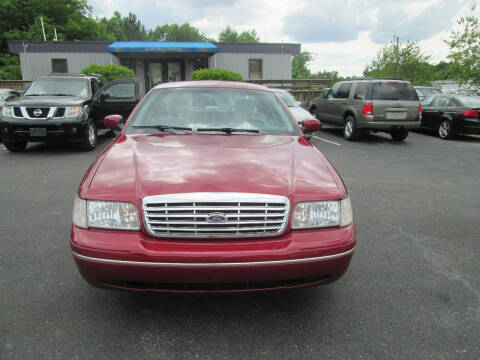 2003 Ford Crown Victoria for sale at Olde Mill Motors in Angier NC