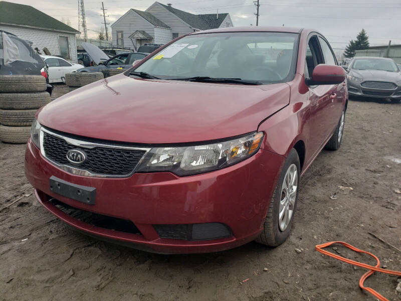 2011 Kia Forte for sale at EHE Auto Sales in Marine City MI