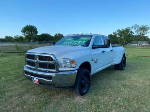 2016 RAM Ram Pickup 3500 for sale at LA PULGA DE AUTOS in Dallas TX
