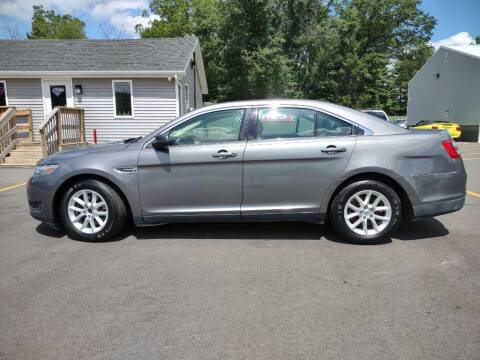 2013 Ford Taurus for sale at Hilltop Auto in Clare MI