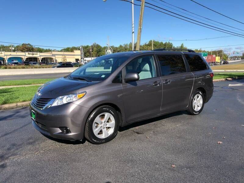 2017 Toyota Sienna for sale at iCar Auto Sales in Howell NJ