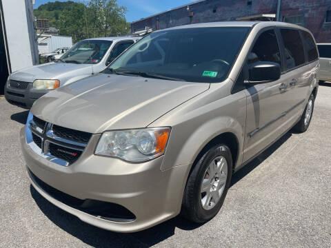 2013 Dodge Grand Caravan for sale at Turner's Inc - Main Avenue Lot in Weston WV