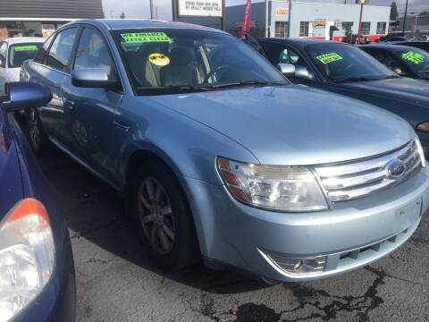 2008 Ford Taurus for sale at American Dream Motors in Everett WA