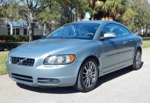 2008 Volvo C70 for sale at VE Auto Gallery LLC in Lake Park FL