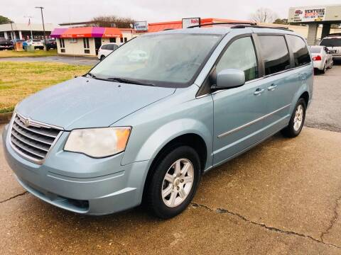 2010 Chrysler Town and Country for sale at VENTURE MOTOR SPORTS in Virginia Beach VA