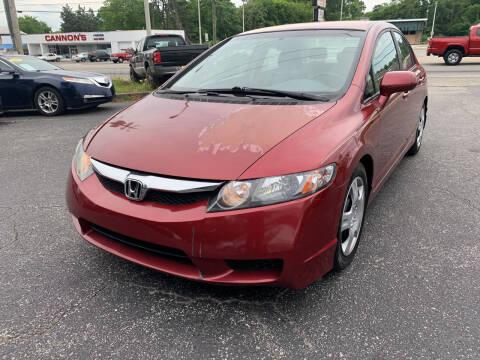 2011 Honda Civic for sale at Diana Rico LLC in Dalton GA