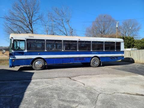 2005 Thomas Built Buses 44 Passenger