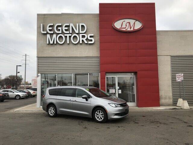 2017 Chrysler Pacifica for sale at Legend Motors of Waterford - Legend Motors of Ferndale in Ferndale MI
