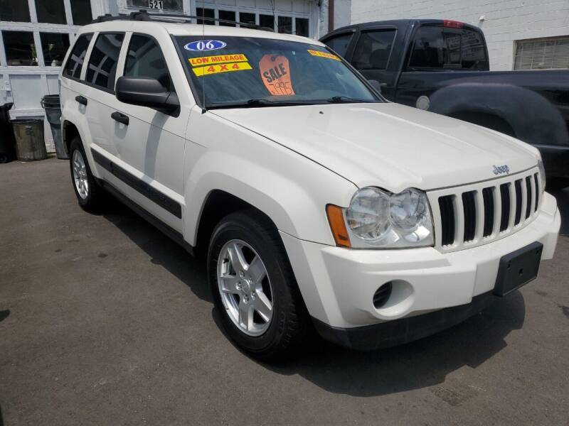 2006 Jeep Grand Cherokee for sale at PARK AUTO SALES in Roselle NJ