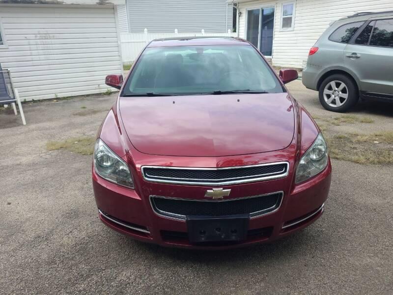 2009 Chevrolet Malibu for sale at Discovery Auto Sales in New Lenox IL