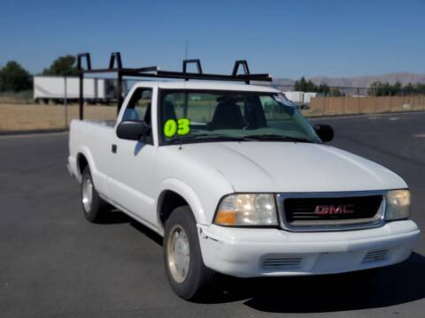2003 GMC Sonoma for sale at FRESH TREAD AUTO LLC in Springville UT
