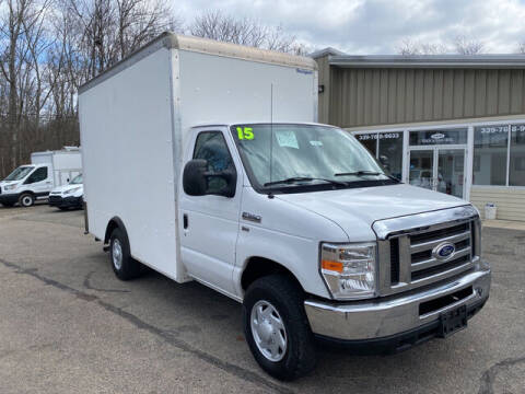 2015 Ford E-Series Chassis for sale at Auto Towne in Abington MA
