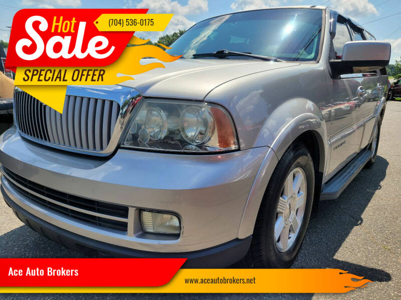 2005 Lincoln Navigator for sale at Ace Auto Brokers in Charlotte NC