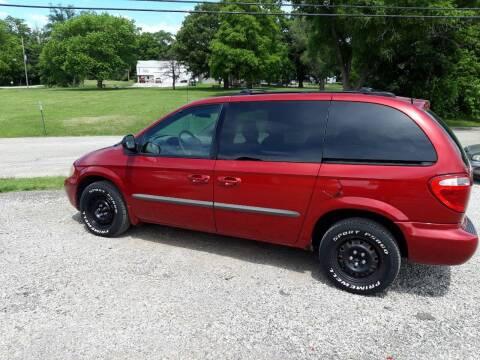 2001 Dodge Caravan for sale at Rustys Auto Sales - Rusty's Auto Sales in Platte City MO