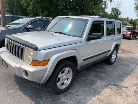 2008 Jeep Commander for sale at PAPERLAND MOTORS in Green Bay WI
