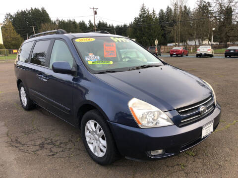 2006 Kia Sedona for sale at Freeborn Motors in Lafayette, OR