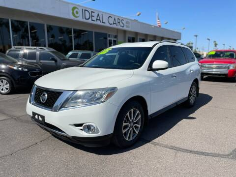 2016 Nissan Pathfinder for sale at Ideal Cars Atlas in Mesa AZ