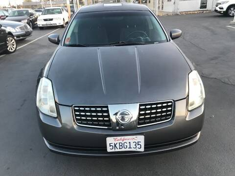 2005 Nissan Maxima for sale at Auto Outlet Sac LLC in Sacramento CA