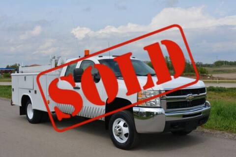 2008 Chevrolet Silverado 3500HD CC for sale at Signature Truck Center in Crystal Lake IL