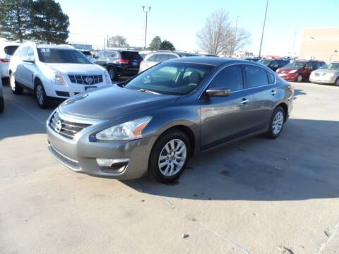 2014 Nissan Altima for sale at America Auto Inc in South Sioux City NE