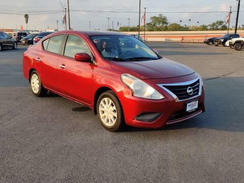 2016 Nissan Versa for sale at Mid Valley Motors in La Feria TX