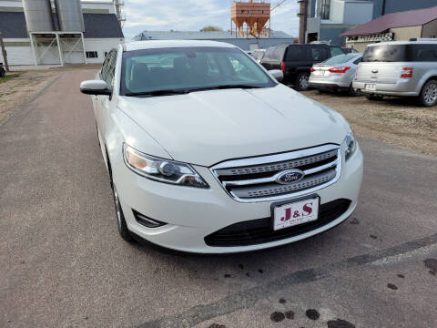 2011 Ford Taurus for sale at J & S Auto Sales in Thompson ND