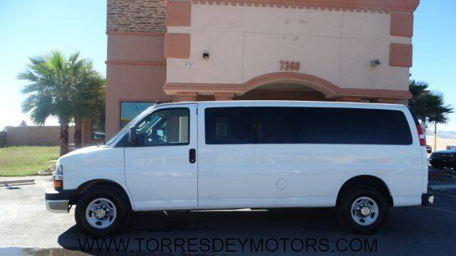 2016 Chevrolet Express Passenger for sale in El Paso, TX
