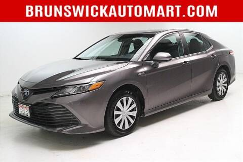 2018 Toyota Camry Hybrid for sale at Brunswick Auto Mart in Brunswick OH