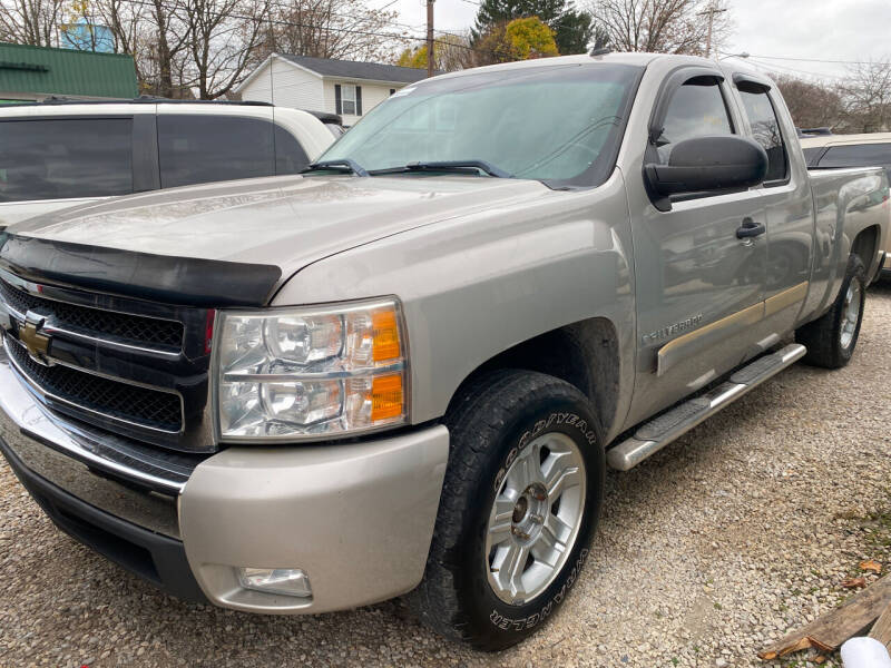 2007 Chevrolet Silverado 1500 for sale at GREENLIGHT AUTO SALES in Akron OH