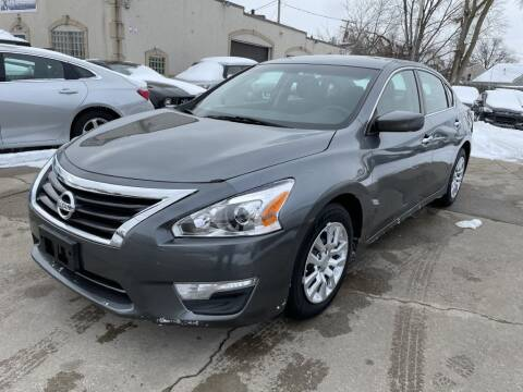 2015 Nissan Altima for sale at T & G / Auto4wholesale in Parma OH
