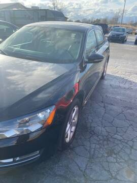 2012 Volkswagen Passat for sale at DAVE KNAPP USED CARS in Lapeer MI