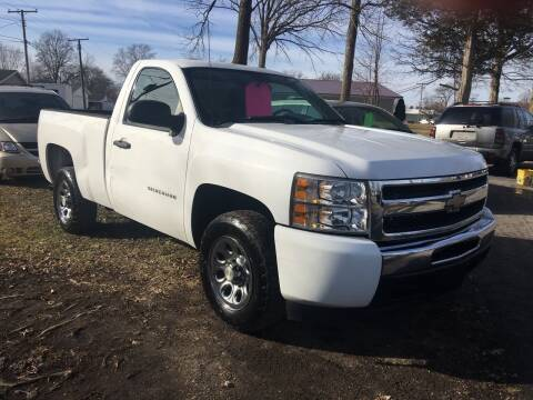 2010 Chevrolet Silverado 1500 for sale at Antique Motors in Plymouth IN