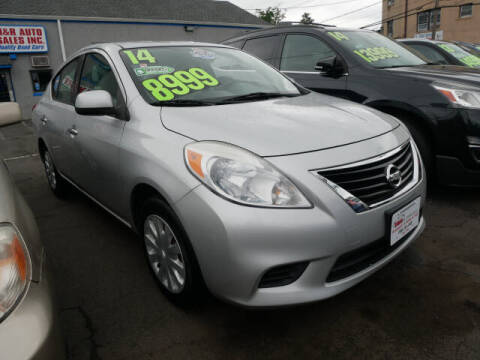 2014 Nissan Versa for sale at M & R Auto Sales INC. in North Plainfield NJ